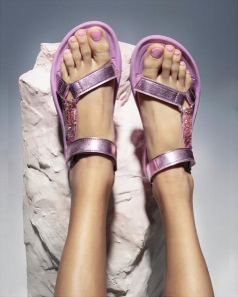 Posing women wearing Christian Cowan Hurricane XLT2 CC Pink